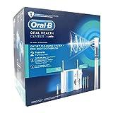 Oral-B Pro 900 + Oxyjet-Reinigungssystem im Set, Elektrische Zahnbürste, wiederaufladbar mit Munddusche, 1 Oxyjet-Reinigungssystem, 1 elektrische Zahnbürste, 4 Oxyjet-Ersatzdüsen, 2Aufsteckbürsten