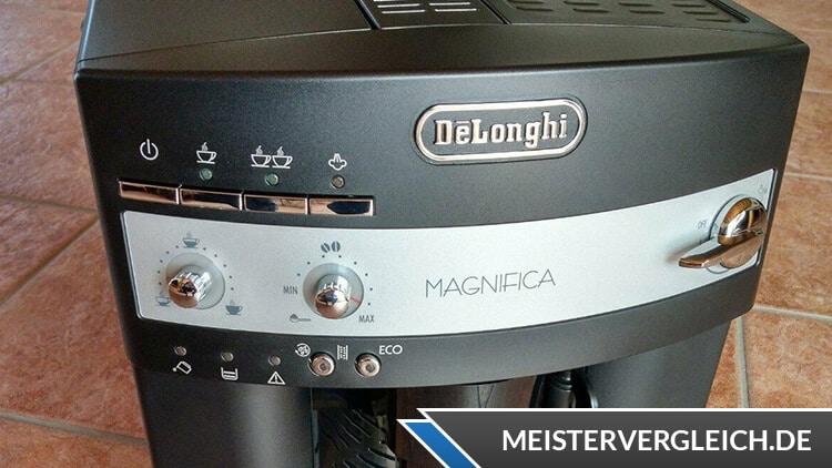DeLonghi ESAM 3000.B Magnifica