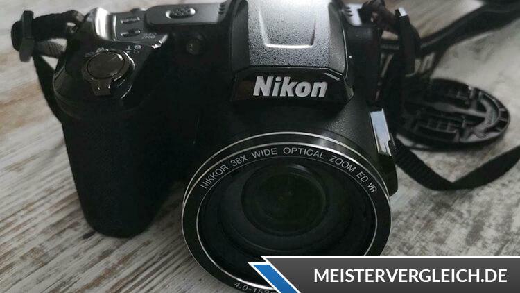 Kompaktkamera Nikon Test