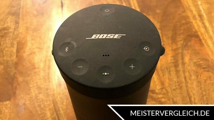 Bluetooth Lautsprecher Bose Bedienfeld